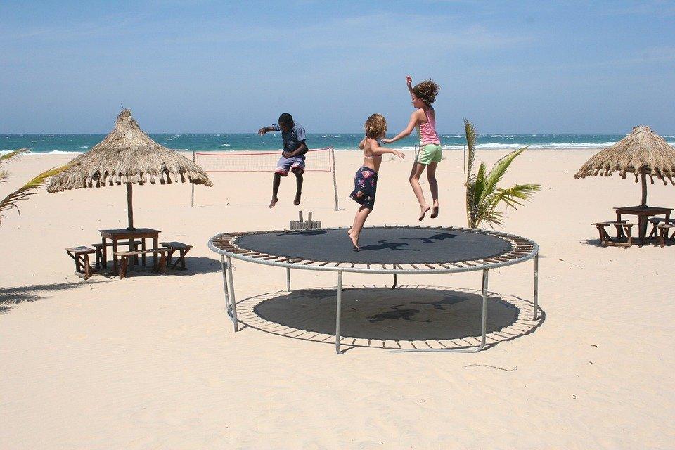 ressorts de sécurité d'un trampoline