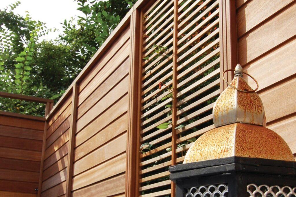 clôtures en bois emboîtables